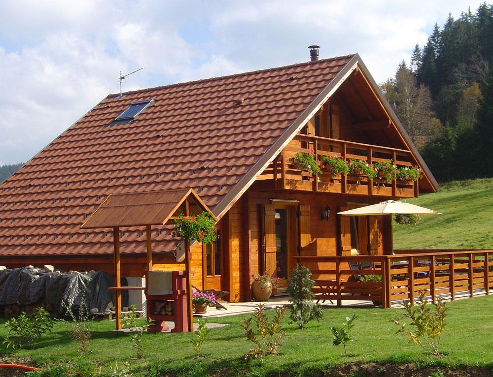 chalet traditionnel de montagne nos chalets en bois chalet 2 pans. Black Bedroom Furniture Sets. Home Design Ideas