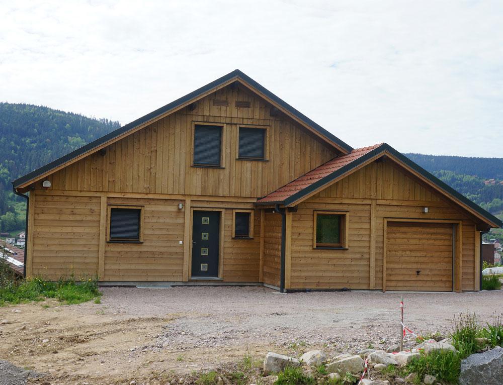 Chalet chaleur et confort nos chalets en bois 88 vosges for Bois et maison