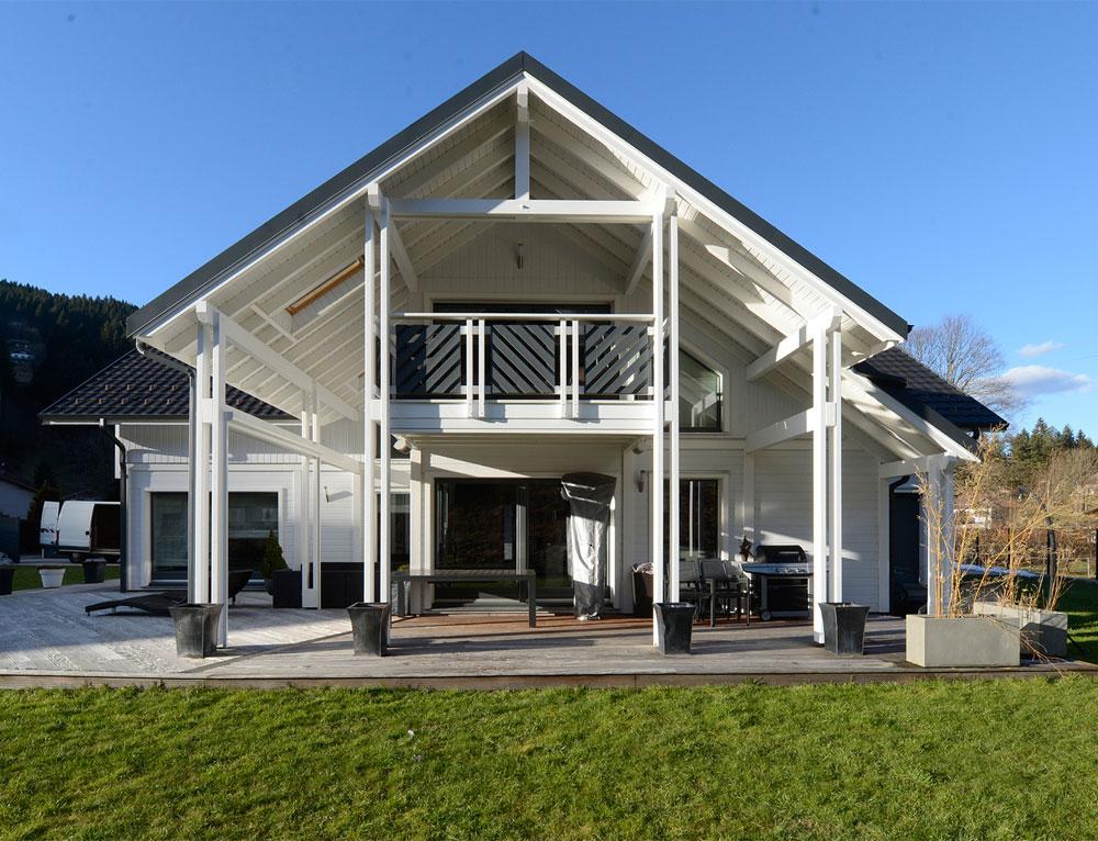Maison d 39 architecte bois avec charpente apparente nos for Maison evolutive prix