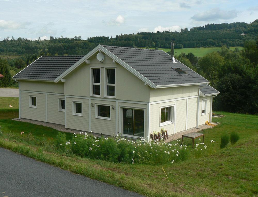 grande maison bois l gance poteau poutre nos maisons ossatures bois maison 2 pans. Black Bedroom Furniture Sets. Home Design Ideas