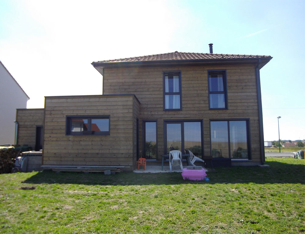 Maison bois d 39 architecte cubique nos maisons ossatures bois maison cubique - Id maison bois ...