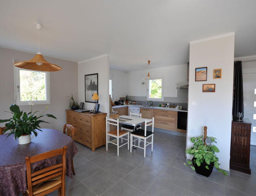 Maison bois de plain pied avec bardage canexel nos maisons for Maison plain pied moderne