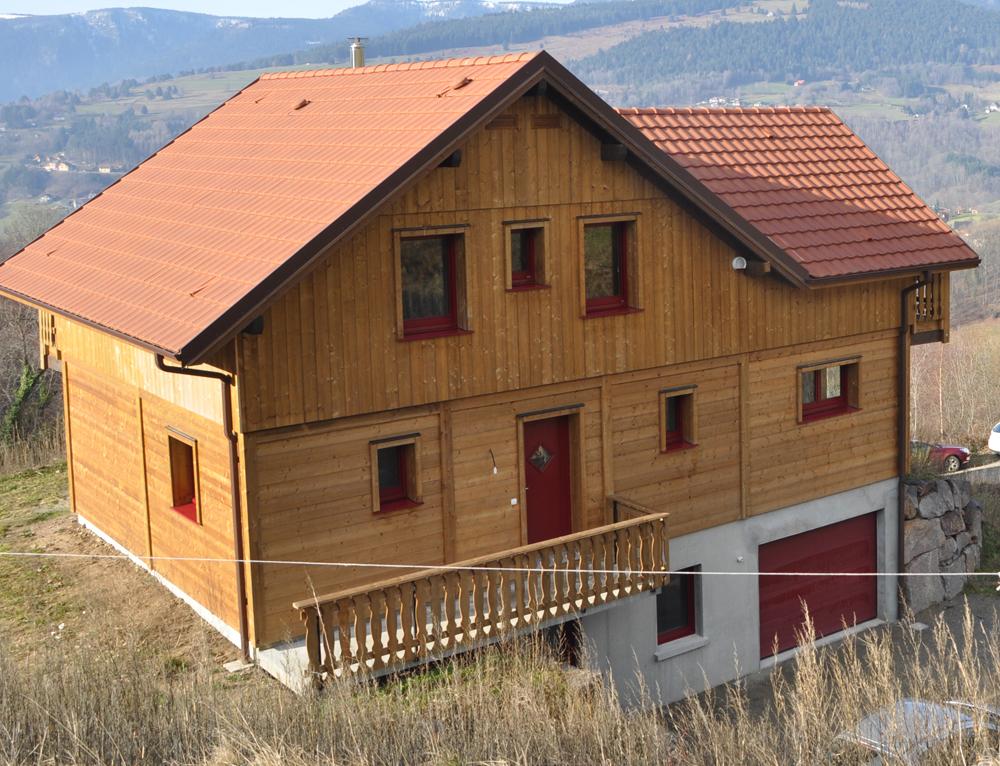 Maison bois style chalet nos maisons ossatures bois 68 for Maison chalet bois