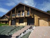 Chalet traditionnel avec bardage classe III