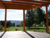 pergola sur terrasse pour abriter des intempéries