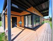 plain pied maison bois facade terrasse